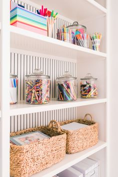 My kids LOVE to color and be creative. I've always tried to keep a good supply do crafts in the house so they have some creative time. Now more than ever, kids need creative time being out of school and mama needs a little break! Playroom Design, Playroom Decor, Playroom Furniture, Kid Decor, Room Decorations, Decor Ideas, Toddler Playroom, Boys Playroom Ideas, Little Girls Playroom