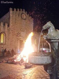 Notte di Natale 2013 - Falò in Piazza Duomo