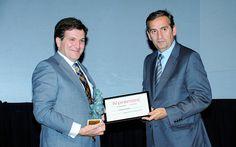 IV Premios Castilla y León Económica. Premio a la Mejor Acción Social: Alfonso Jiménez, presidente de Cascajares; y Sebastián Arias, miembro del consejo asesor de ForoBurgo