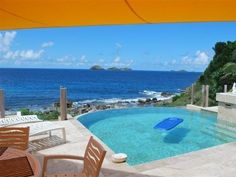 Villa Alexi - Anse des Cayes, St. Bart. 2 beds, private pool, waterfront.