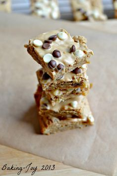 Gooey peanut butter cookie bars