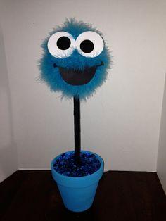 Centro de mesa de monstruo de Elmo o galleta por CraftyPartyDecor