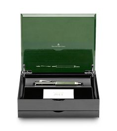 The Graf von Faber-Castell Collection has a complete portfolio of exclusive writing instruments as fountain pens, propelling pencil, ballpoint pens and rollerball pen. Graf Von Faber Castell, Luxury Pens, Calligraphy Pens, Dip Pen, Pen Nib, Fountain Pen Ink, Rollerball Pen, Writing Instruments, Diy For Kids