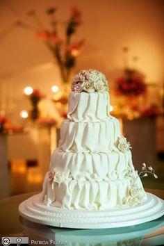 Receita de A Pasta Americana e seus Segredos - Alguns cuidados a serem observados, ao usar a pasta americana. Cupcake Cakes, Cupcakes, Beautiful Cakes, Fondant, Wedding Cakes, Desserts, Food, Sweets, The Secret