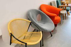 Skarby Muzeum Narodowego w Warszawie. Sezamie designu, otwórz się! [zdjęcia] | DesignAlive Funky Design, Modern Design, Art Deco Chair, Pop Up Art, Mid Century Modern Furniture, Mid Century Design, Furniture Decor, Teak, Poland