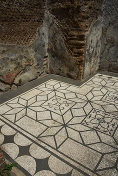 Deail of the mosaic floor in Hadrian's Villa