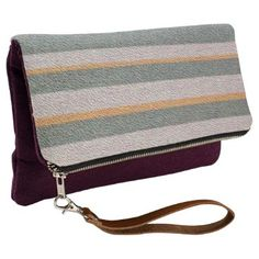 "Title : #603, Geometric, Stripes, Color Hues, OR, GN, TN Clutch  Description : Color Abbreviations: ALL=Any Color, BG=Beige, BK=Black, BL=Blue, BN=Brown, DK=Dark, GD=Gold, GN=Green, GY=Gray, IV=Ivory, LT=Light, OL=Olive, OR=Orange, PK=Pink, RD=Red, TN=Tan, VT=Violet, WT=White, YL=Yellow, TU=Turquoise, Tribal-Geometric-Ethnic Patterns, include Stripes, Arrows, Triangles, Animal-Drawings, ""Woodland-Animals, Floral, Cross, Circles, Plus Signs, Broken Checks, Abstract, ""Spiritual-Inspired""…"