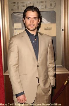 Henry-Cavill-Whatever-Works-Premiere-April-22-2009-10 by The Henry Cavill Verse, via Flickr