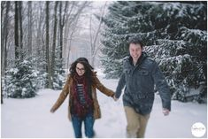 Pittsburgh Winter Engagement Session, Couple Running in the Snow, Oakwood Photography Photography