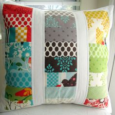 Such a cute pillow idea.  This is what I should have done with all my scraps :)