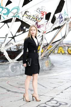 """Piper Perabo as Annie Walker in """"Covert Affairs"""" - Nice outfit for work"""