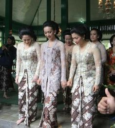 Kebaya Tangkeban - Karaton Yogyakarta