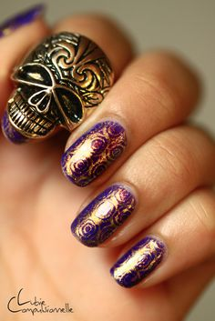 #nails                 love the nails  not so much into the skull  !!!!