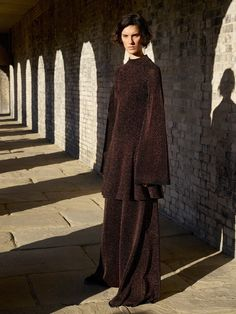 Pringle of Scotland Pre-Fall 2017 Collection Photos - Vogue Pringle Of Scotland, Fashion Week, Fashion 2017, High Fashion, Vogue Paris, Urban Fashion, Fashion Looks, Phresh Out The Runway, Fashion Show Collection