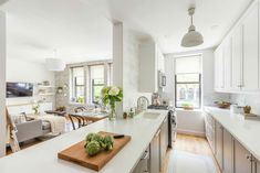 ground flooring A Ground-Floor Apartment Renovation in Sunnyside, Queens Living Room And Kitchen Design, Modern Kitchen Design, Living Room Designs, Kitchen Designs, Kitchen Ideas, Renovation Budget, Apartment Renovation, Apartment Ideas, Custom Cabinet Doors