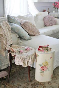 Shabby Chic - lovely vintage tin dirty clothes hamper. Charming in any home. - MRW