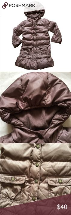 Gap Hooded Puffer Coat Hooded puffer coat; 2 pockets on front; extra warm GAP Jackets & Coats Puffers