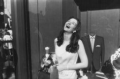 Lindbergh et Winogrand: Des femmes dans la rue - L'Œil de la photographie