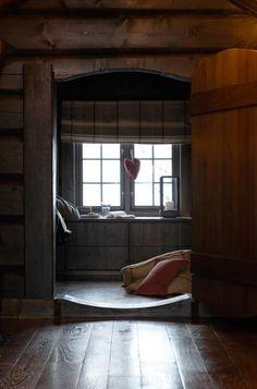 Scandinavian Chalet Interior — Christian's & Hennie - www. Interior Design Courses Online, Interior Design Programs, Boutique Interior Design, Interior Design Studio, Chalet Design, Chalet Interior, Interior Work, Stone Cottages, Cabins And Cottages