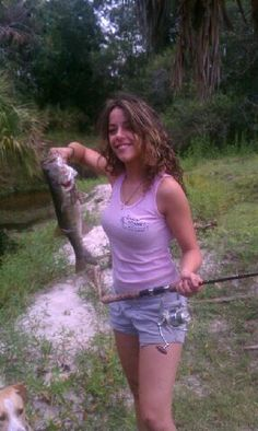 1000 images about country girls on pinterest fishing for Country girl fishing
