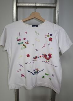 A vendre sur #vintedfrance ! http://www.vinted.fr/mode-femmes/t-shirts/15805650-tshirt-gap-taille-m