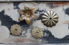 Ornement bronze ancien boutons meuble feuille de palmier Empire 2 poignées