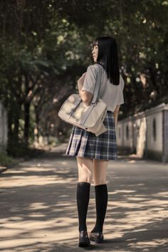lo-fi beats, hi-fi girls a. Japanese School Uniform, School Uniform Girls, Girls Uniforms, Mini Skirts, Beats, People, Calm, Blog, Fashion