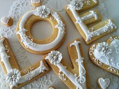 LOVE white on white and silver cookies!
