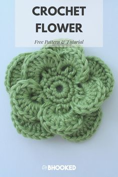 Crochet flowers for spring. Click through for the free pattern and video tutorial! The Wagon Wheel Crochet Flower pattern is a perfect three dimensional finishing touch for crochet & knitting projects. Add this crochet flower to your list! Crochet Butterfly Free Pattern, Crochet Flower Hat, Crochet Flower Tutorial, Crochet Leaves, Crochet Motifs, Crochet Hats With Flowers, Diy Flowers, Crochet Roses, Hat Flower