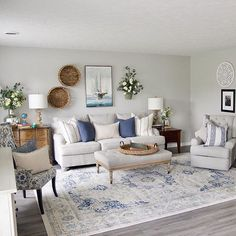 It's National Emoji Day! Comment the emoji(s) you are feeling from this gorgeous living room! Living Room Colors, Rugs In Living Room, Living Room Designs, Blue Living Room Furniture, Coastal Living Rooms, Coastal Cottage, Coastal Homes, Living Room Theaters, Blue And White Living Room
