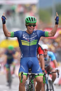 Matthews wins stage 10 - Orica-BikeExchange plays the numbers in breakaway Cycling Suit, Cycling Bib Shorts, Cycling Wear, Pro Cycling, Cycling Bikes, Dimitri, Bicycle Race, World Of Sports, Guy Pictures
