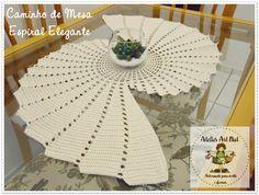 Mais uma encomenda ganhando asas! Caminho de Mesa Espiral Elegante na cor Cru, pode ser feito em diversas cores, faça também sua encomenda clicando no link abaixo: http://www.elo7.com.br/caminho-de-mesa-espiral-elegante-bella/dp/44DE9E