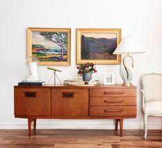 Delightful Mid Century Modern Credenza Furniture - Home Interior Design Ideas Mid Century Credenza, Mid Century Furniture, Modern Credenza, Home Interior, Interior Styling, Interiores Design, Home And Living, Decor Styles, Mid-century Modern