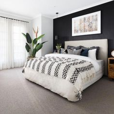 Home Interior Colour bedroom with black panel wallpaper black feature wall bohemian style Dream Bedroom, Home Decor Bedroom, Modern Bedroom, Bedroom Ideas, Bedroom Designs, Black Bedrooms, Master Bedroom Design, Contemporary Bedroom, Master Bedrooms
