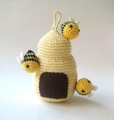 beehive Crochet Amigurumi bees