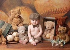 Boy Birthday Pictures, Baby Boy Pictures, Baby Girl Photos, First Birthday Photos, Newborn Photography Tips, Kids Photography Boys, Baby Girl Photography, Six Month Baby, Baby Mini Album