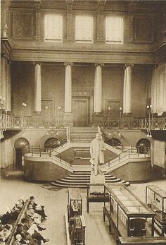 The Great Hall of the original station at Euston. As can be seen from these images this station was far too small for the major intercity hub the station had become by the time of this edifice's demolition in Victorian London, Vintage London, Old London, London City, London History, British History, Local History, Old Pictures, Old Photos