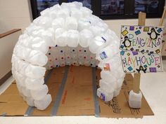 This teacher created an igloo out of empty milk cartons. = = = = The Igloo I made for my preschool classroom :) The kids LOVE it! Hey you teachers out there!I think that this is neat as all get out:) Classroom Projects, Preschool Classroom, Preschool Art, Classroom Activities, In Kindergarten, Classroom Decor, Activities For Kids, Crafts For Kids, Winter Preschool Crafts