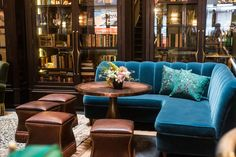 'Top Chef' Host Tom Colicchio Takes Us on an Early Tour of The Beekman, and His New Restaurant Fowler & Wells Bohemian Hotel, Booth Seating, Nyc Hotels, Hotel Lobby, Restaurant Design, Interior Inspiration, Modern, Art Deco, Furniture