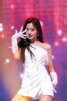Photo album containing 35 pictures of Tzuyu South Korean Girls, Korean Girl Groups, Jimmy Choo, Seoul Music Awards, Tzuyu Twice, Perfect Boyfriend, Golden Child, Female Singers, Formal Dresses