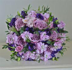 Ideas bridal party flowers wedding bouquets purple for 2019 Vintage Wedding Flowers, Purple Wedding Bouquets, Pink Bouquet, Flower Bouquet Wedding, Prom Flowers, Flower Bouquets, Wedding Dresses, Wedding Flower Arrangements, Flower Centerpieces
