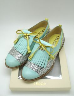 CROON: shoes by Bloom Tripwattana. Handmade leather Oxford in pastel colors and glitter #scarpe Candy colored hues