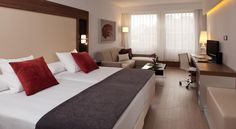 Courtyard by Marriott Madrid Princesa Madrid Courtyard by Marriott Madrid Princesa is situated in the west of Madrid, in the Argüelles District. Each elegant room features a large reproduction of a famous painting from the Museo del Prado.
