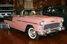 Pictures of Chevrolet cars photographed at car shows, musuems, and collector car auctions. 1955 Chevrolet, 1955 Chevy Bel Air, Chevrolet Bel Air, My Dream Car, Dream Cars, Chevy Models, Trucks Only, Chevy Girl, Classy Cars