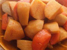 里芋と人参の煮物の画像