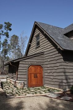 Faux Stone Siding Exterior Rustic with Arches Arts and Crafts Faux Stone Siding, Wood Siding, Vinyl Siding, Cedar Siding, Exterior Siding Colors, Exterior Design, Exterior Stain, Rustic Exterior, Traditional Exterior