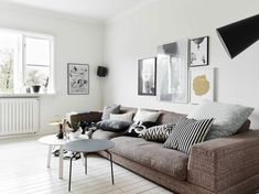 This lovely apartment is located in Kungsladugårds, a neighborhood of Gothenburg, Sweden