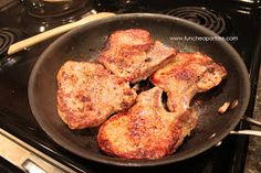 The Fun Cheap or Free Queen: Foodie Tuesday recipe: Quick & Easy Sunday Pork Chops