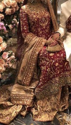 Bridal Mehndi Dresses, Indian Wedding Gowns, Pakistani Wedding Outfits, Indian Bridal Fashion, Bridal Dress Design, Bridal Lehenga Choli, Pakistani Wedding Dresses, Bridal Outfits, Pakistani Bridal Couture