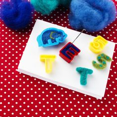 Tova i lerformar! Triangle, Wool Felting, Projects, Crafts, Craft Ideas, Inspiration, Threading, Log Projects, Biblical Inspiration